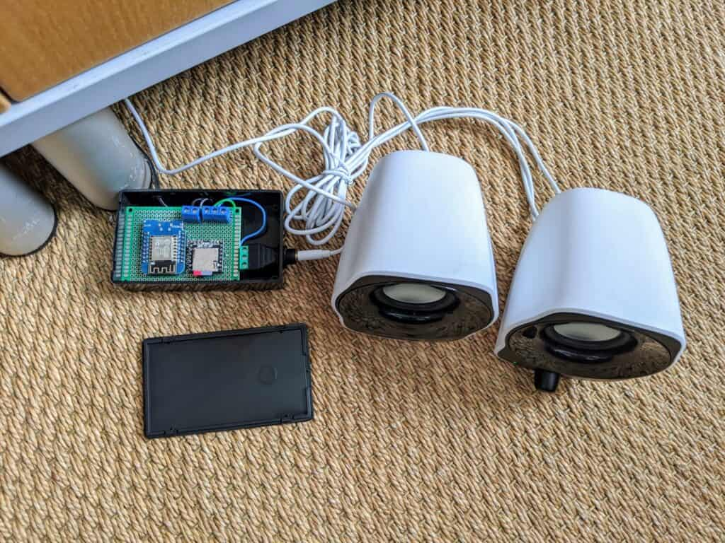 A DIY doorbell chime programmed with ESPHome